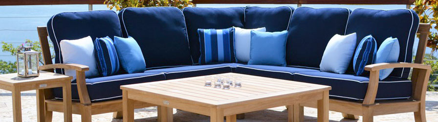 Nothing Matches The Classic Appearance Of A Beautifully Crafted Wood Patio  Set. Wood Is A Timeless Material That Offers Warmth And Beauty For Any  Outdoor ...